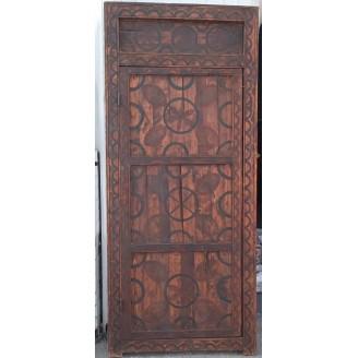 Puerta artesanal árabe de...