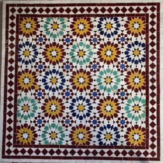 Mesa de mosaico color rojo